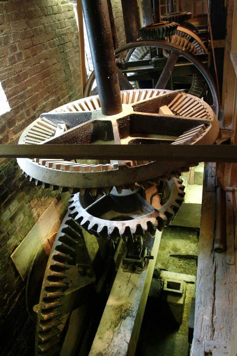 The pitwheel, wallower and crownwheel